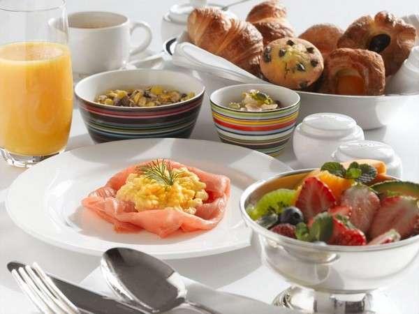 【選べる朝食が魅力&プール無料&添い寝無料】シンプルステイ(朝食&コンラッド・ベア付)