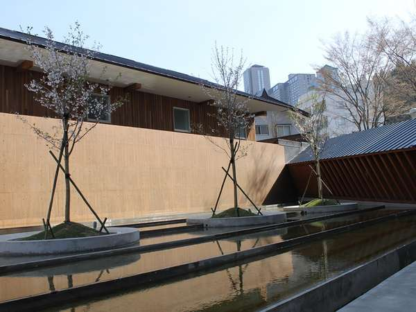 四季Yuzawa QUATTRO(クワトロ)の外観