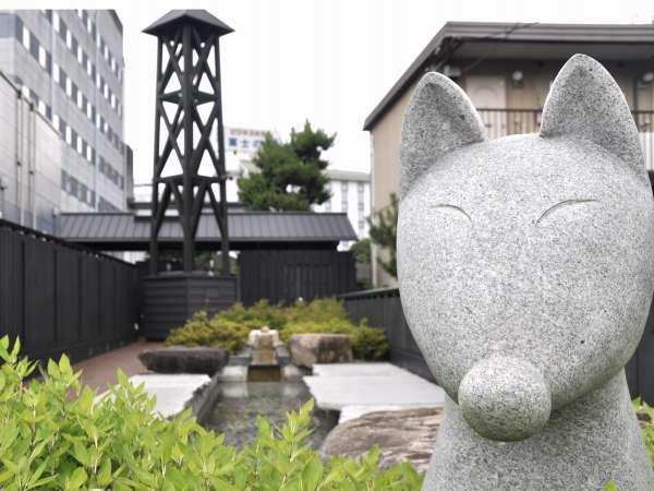 """""""湯泉舎(ゆのや)""""湯田温泉の泉源の流れを見学できる観光施設です。"""