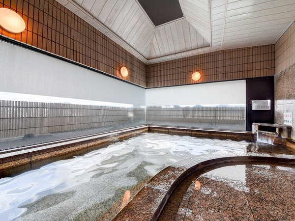 *【温泉一例】最上階(6階)にある展望風呂で湯田温泉街を眺めながら湯浴みをお楽しみ下さい。