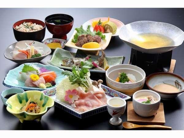 主に地元食材を使用した地産地消の会席料理です。