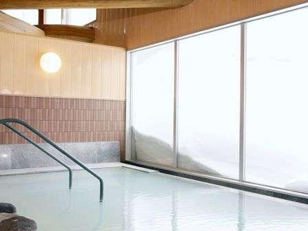 「百泉の湯」内風呂