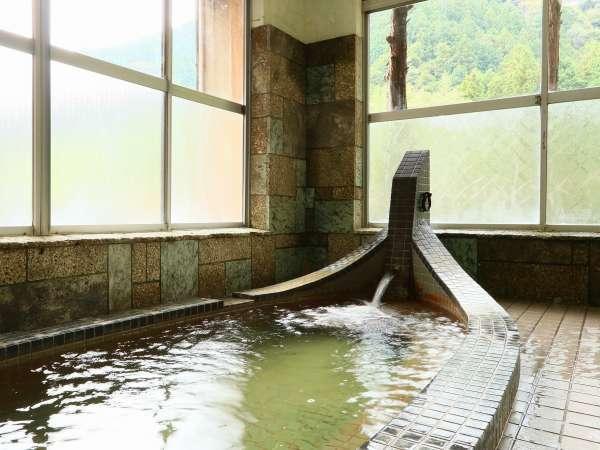 <お風呂>地下1500mから湧き出る天然温泉♪