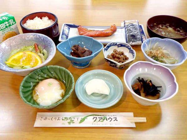 *【ご朝食一例】和食で始まる一日。朝から元気にスタートを!