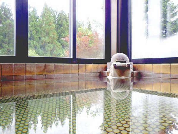 *【展望黄金風呂】見晴らしのよい景色を眺めながら、ゆっくりお寛ぎいただけます。