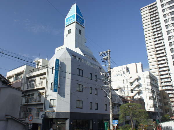 ホテルクリスタル広島の外観