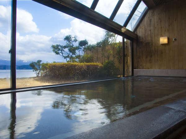 【大浴場】景観を楽しみながら、心も体もゆったりと…♪