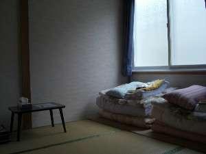 日当たりの良い和室部屋です。