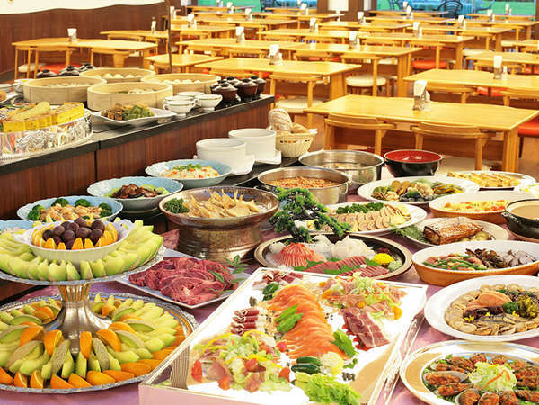 【ご夕食<ディナービュッフェ>】多彩な夕食バイキング