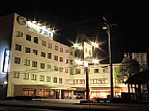 ホテルナガイの外観