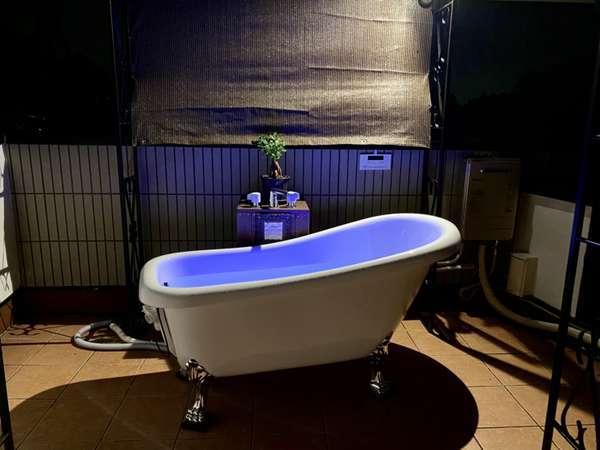 屋外テラス風呂