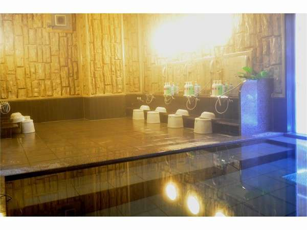 ≪人口温泉大浴場≫15:00~2:00・5:00~10:00まで利用できます。旅の疲れを癒して下さい♪