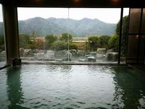 島根の紅葉スポット近くの温泉宿・紅葉露天のある宿県 さぎの湯荘