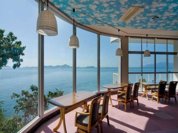 ◎海上レストラン 水平線から昇る朝日は絶景です