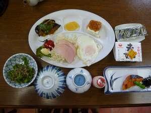 【バランスOK朝食つき】朝12:00アウト!駐車無料