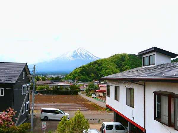 富士山が望める部屋もございます