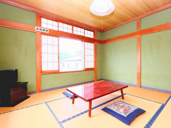 和室8畳◆ゆっくりのんびりお過ごしください!