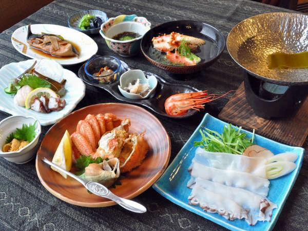 【タコしゃぶ海鮮】たこしゃぶの他、毛ガニの半身や煮魚など、海の幸の旨味が詰まったコースになります