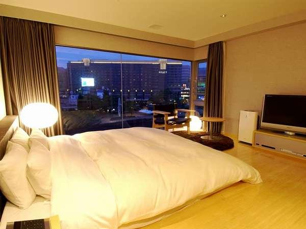 【5TH EAST・朝食付!】九州まるごとの朝食で!中洲リバービューのお部屋もあり。