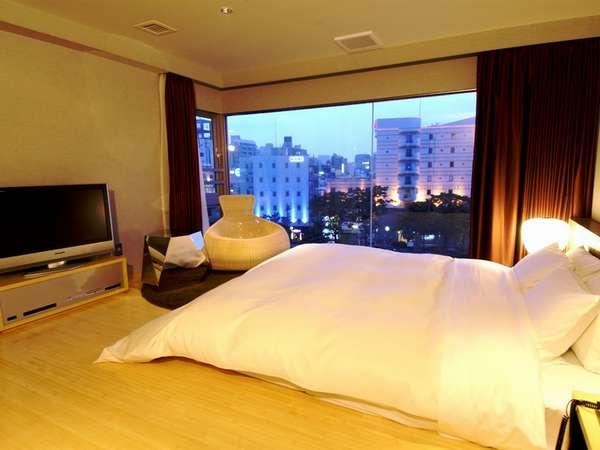 「じゃらん限定」【5TH EAST】全室ゆったりバスタブ!中洲リバービューのお部屋もあり!