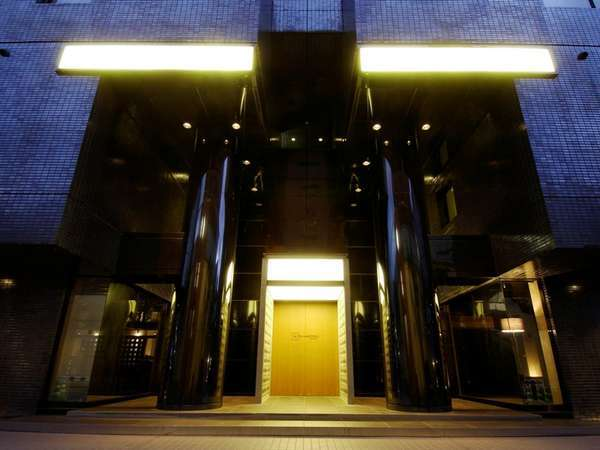 5thHOTEL WEST