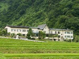 笹倉温泉龍雲荘の外観