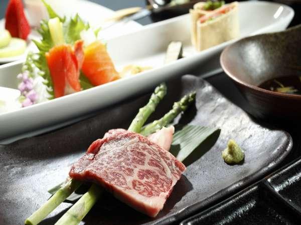 ☆夕食グレードUPプラン☆ご夫婦・カップル向け〜信州牛ヒレ肉の溶岩焼き付〜