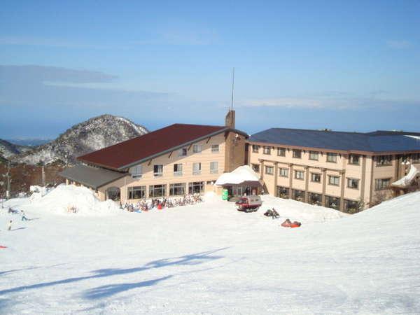 大山ホワイトパレスの外観