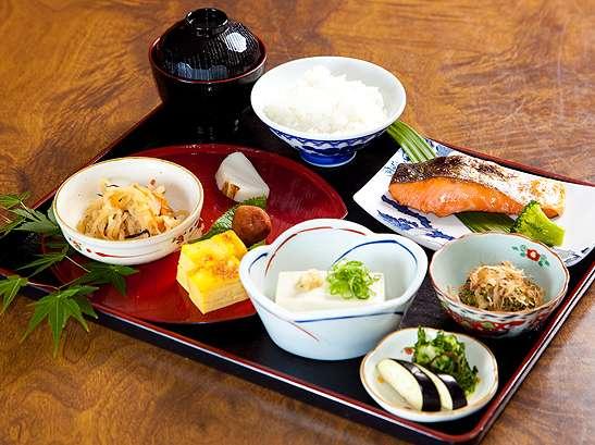 便利でお得な1泊朝食付き☆味&ボリュームに自信あり!!《最安値》