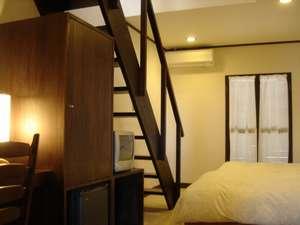 ロフト付き和洋室メゾネットタイプのお部屋