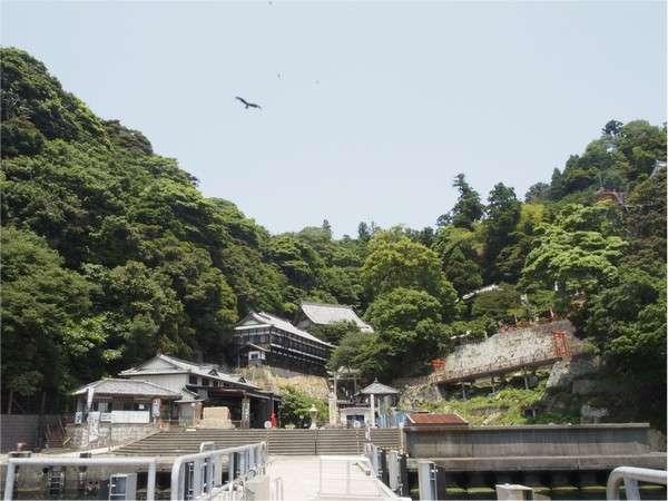 【日本遺産「竹生島」クルーズ】 湖上に浮かぶ゛祈りの島゛へ 朝食+乗船券付プラン