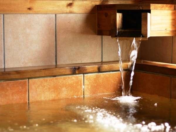 檜の内風呂は貸切でご利用いただけます(~23時まで)