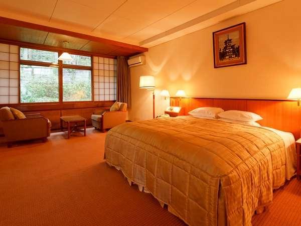 【フォレスト館・モデレートダブル(一例)】ベッドサイズはお部屋によって変わります