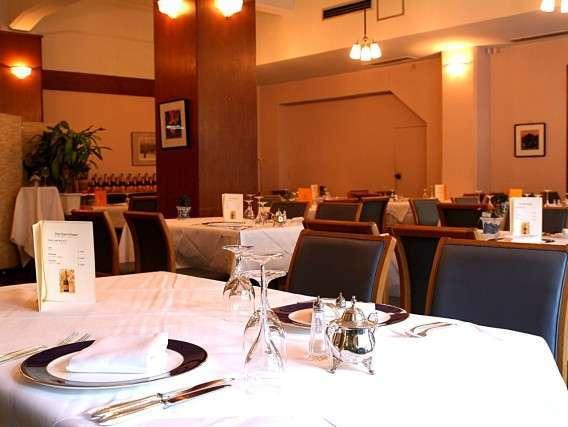 【レストラン・洋食】ディナーもクラシックながらカジュアルに。洋食メニューをご賞味ください。