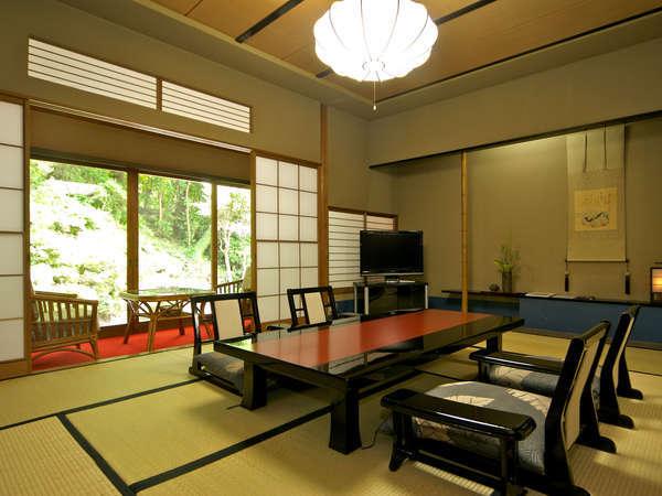 【別館 菊華荘 和室(一例)】10畳+6畳の2間続きのお部屋です。