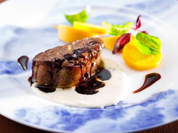 「富士屋浪漫」牛フィレ肉のステーキ トリュフソース