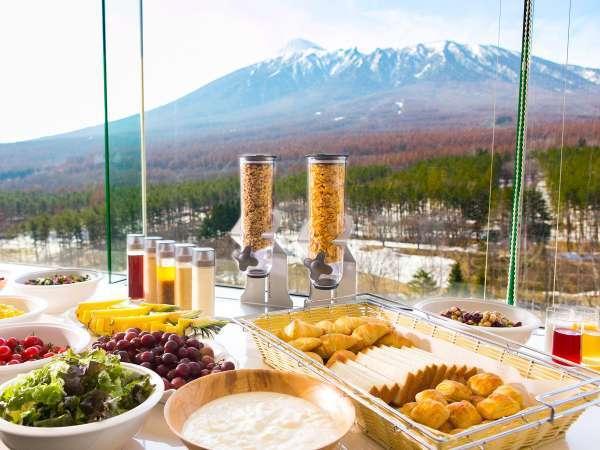 ■朝食バイキング 岩手山や八幡平の山並みを眺めながらの朝食はいかがですか?(イメージ)
