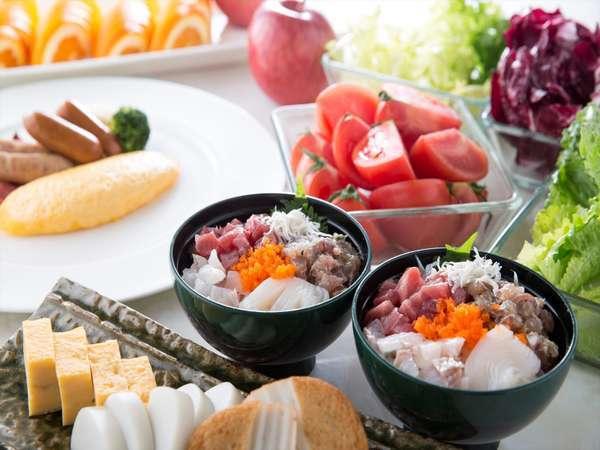 【温泉リニューアルX10種類のプールも無料】海鮮丼が嬉しい朝食ブッフェ!シンプルステイ(朝食付)