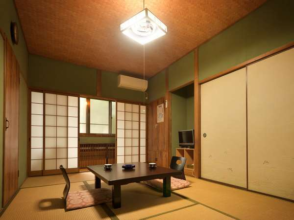 【7.5畳の和室(バス・トイレ無し)】どこか懐かしい雰囲気がただよう和室。