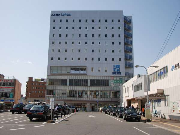 天然温泉スーパーホテル LohasJR奈良駅の外観