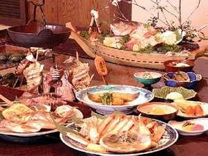 地元で水揚げされる新鮮魚介を炭火で頂く平成15年より続けさせて頂いております「いい旅の料理」