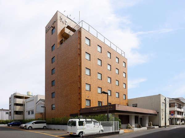 OYO 44579 Nobeoka Washington Hotel
