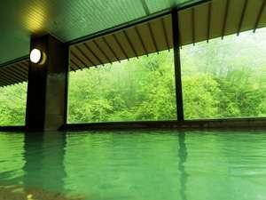 北海道の紅葉スポット近くの温泉宿・紅葉露天のある宿 登別 石水亭