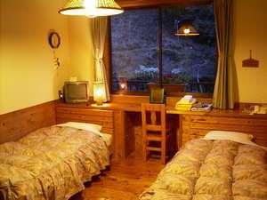 熊野の『木のぬくもり』を用いたお部屋