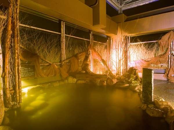 ◆【大浴場】天然温泉「天北の湯」女性露天風呂。泉質:ナトリウム塩化物強塩泉 効能:関節痛、神経痛など