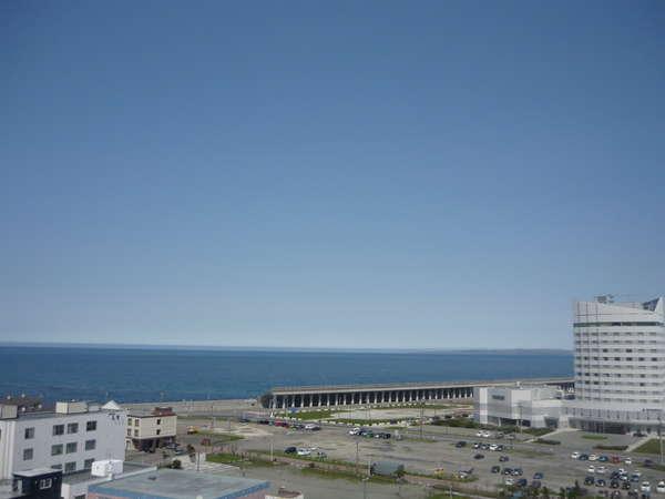 ◆高層階海側客室からの眺望(夏)