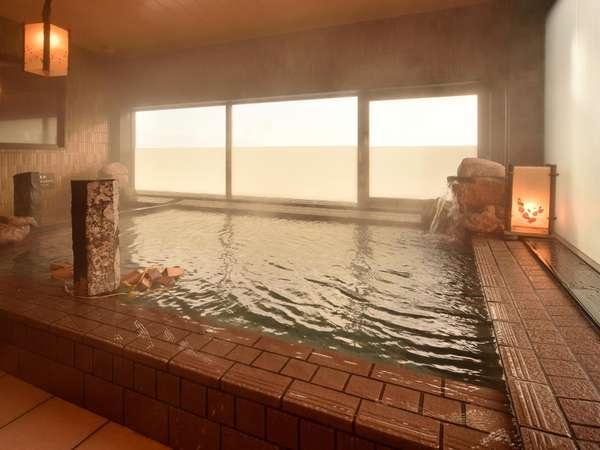 ◆【大浴場】女性大浴場内湯。男女別にサウナ・水風呂あり。ランドリーコーナーも併設しております。