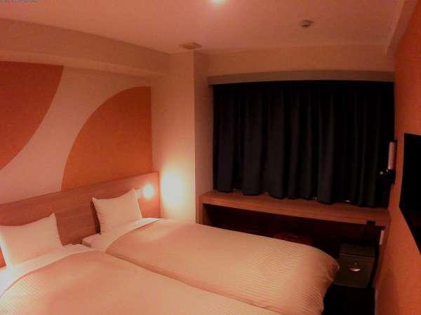 ハリウッドツインルームでは、ベッドを繋げてキングサイズのベッドとしてもご利用いただけます。