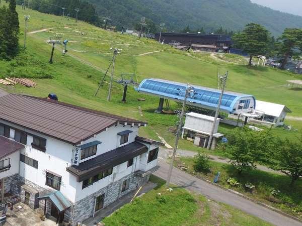 ロッヂ&コテージ 白馬五竜スキー場徒歩0分の宿 ロッヂ五竜の外観