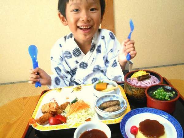 《お子様ランチ一例》いっぱい食べてね(#^.^#)